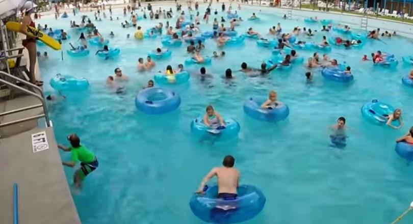 0612222dcb7 Vandaag houden studenten van de TU Eindhoven een demonstratie met twee  drones die in een zwembad een dreigende verdrinking herkennen en in actie  komen.