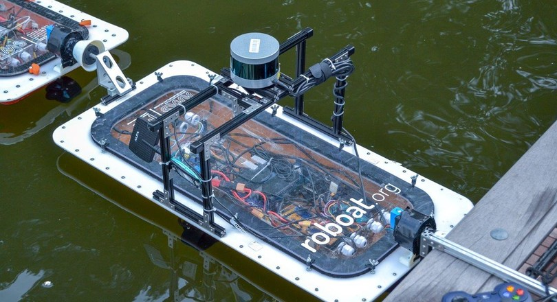 Demonstration of autonomous boats for the canals of