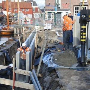 Aanleg van de betonnen bak.