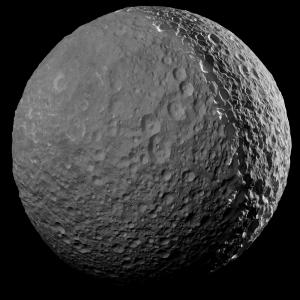 De maan Mimas van Saturnus.
